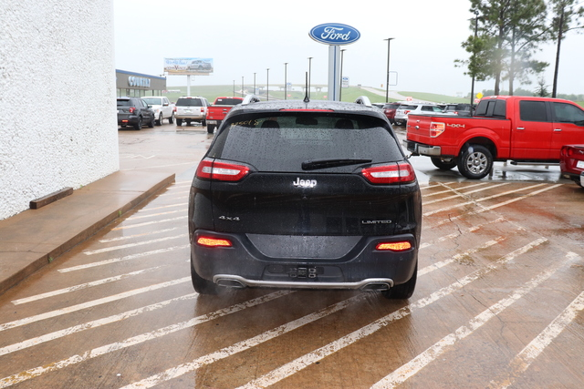 Certified Pre-Owned 2018 Jeep Cherokee Limited 4x4