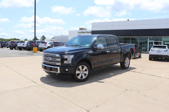 Pre-Owned 2017 Ford F-150 Platinum 4WD SuperCrew 5.5' Box