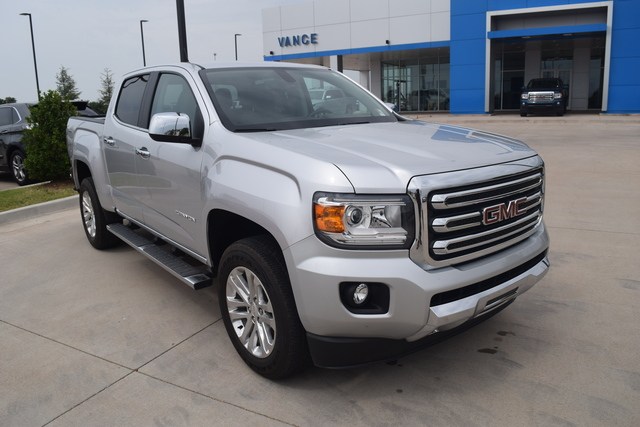 Pre-Owned 2015 GMC Canyon 4WD Crew Cab 128.3 SLT