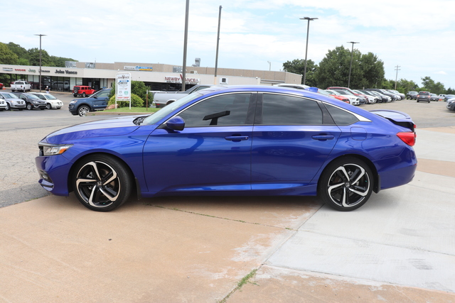 Pre-Owned 2018 Honda Accord Sport 1.5T CVT