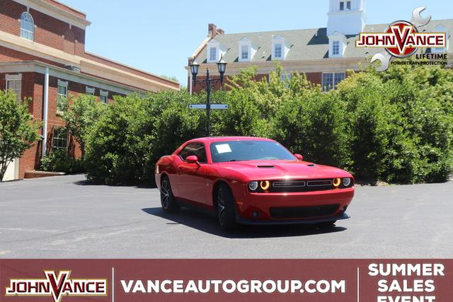 Pre-Owned 2016 Dodge Challenger 2dr Cpe R/T Scat Pack