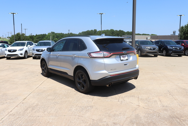 Pre-Owned 2015 Ford Edge 4dr SE FWD