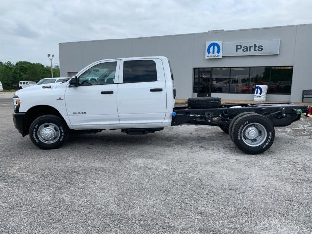 New 2019 RAM 3500 Chassis Cab Tradesman 4x4 Crew Cab 172.4 WB
