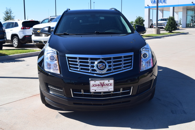 Pre-Owned 2016 Cadillac SRX FWD 4dr Base