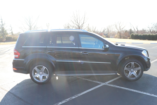 Pre-Owned 2010 Mercedes-Benz GL-Class 4MATIC® 4dr GL 550
