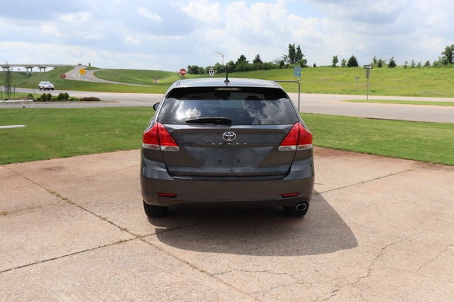 Pre-Owned 2011 Toyota Venza 4dr Wgn I4 FWD