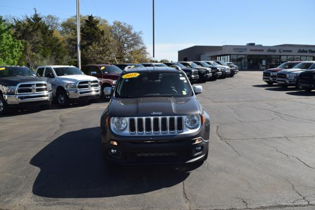 Pre-Owned 2018 Jeep Renegade Limited FWD