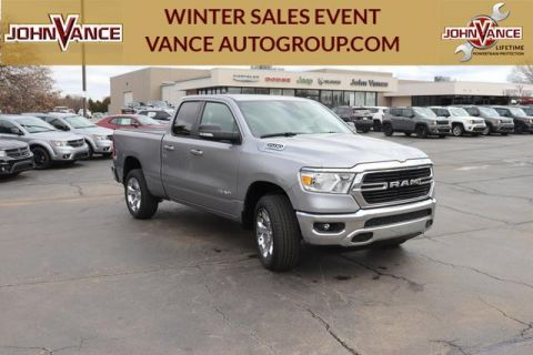 New 2020 RAM 1500 Big Horn 4x4 Quad Cab 6'4 Box