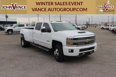 Pre-Owned 2017 Chevrolet Silverado 3500HD 4WD Crew Cab 167.7 High Country