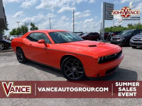 Pre-Owned 2017 Dodge Challenger SXT Coupe