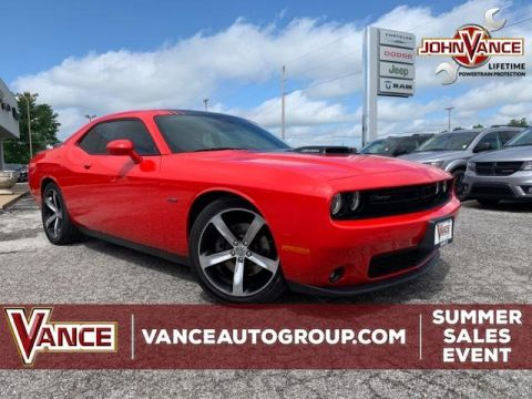 Certified Pre-Owned 2015 Dodge Challenger 2dr Cpe R/T Plus Shaker