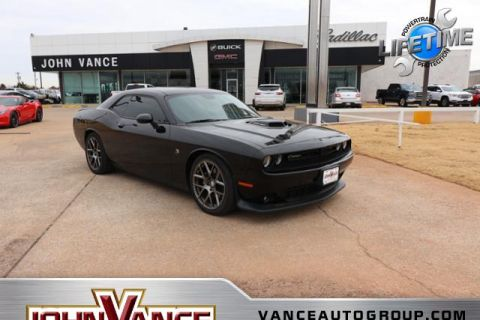 Pre-Owned 2016 Dodge Challenger 2dr Cpe 392 Hemi Scat Pack Shaker